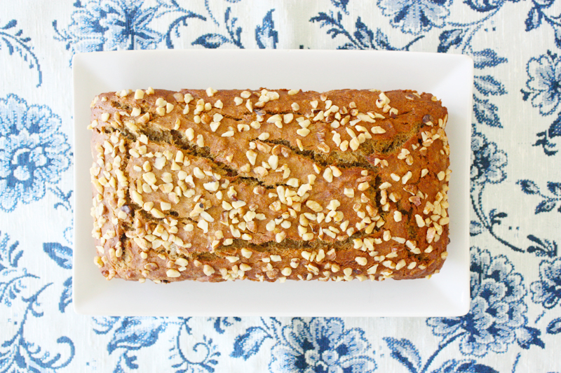 Gluten-free banana bread with walnuts - Miss Kait